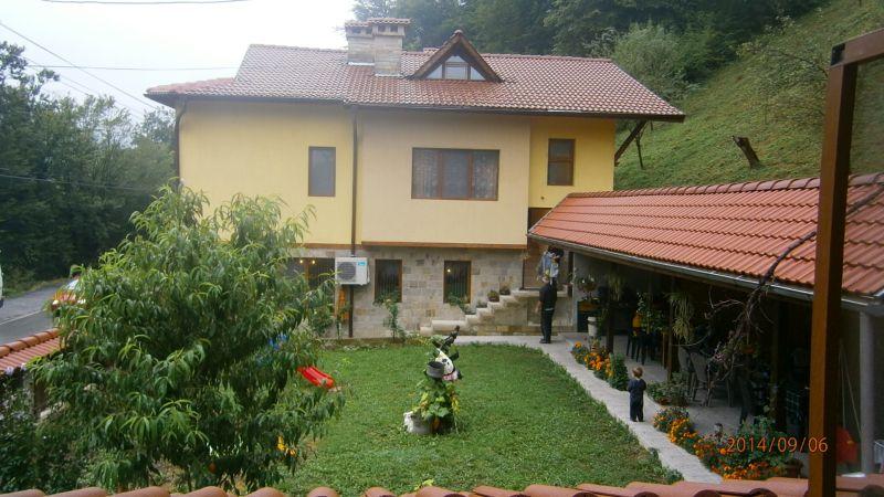 Къща за гости Дъскот