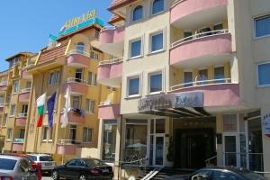 Хотел Лист- Созопол