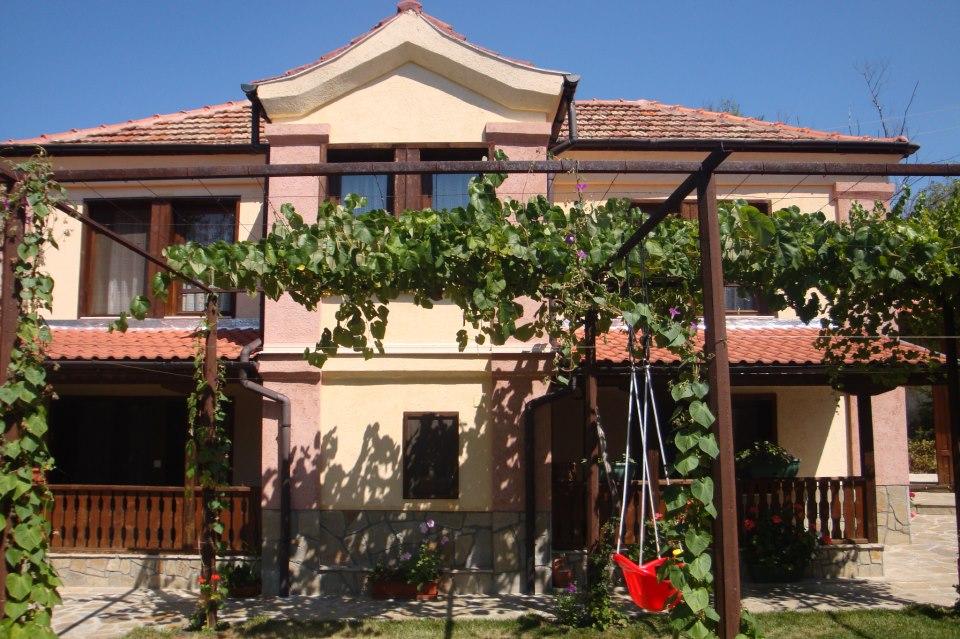 Къща за гости Танкината къща – Свежен