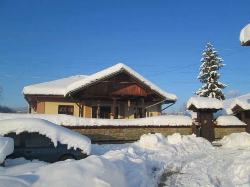 Къща за гости Мимона – Елена