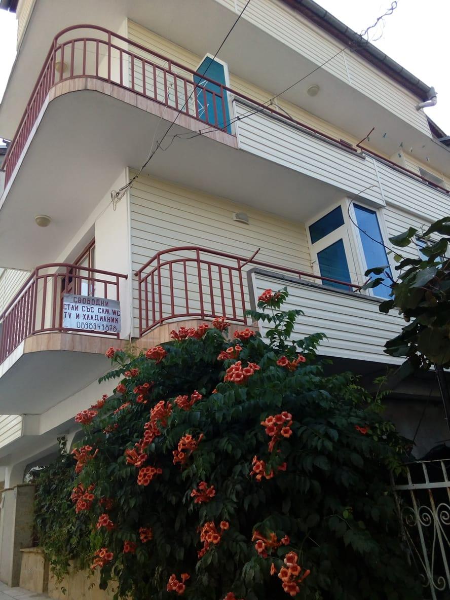 """Къща за гости """" Ива"""" –  Ахтопол"""