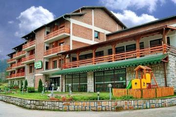 Хотелски комплекс Момина крепост