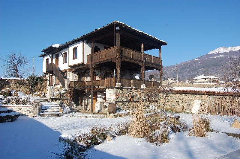 Старата къща – Тъжа