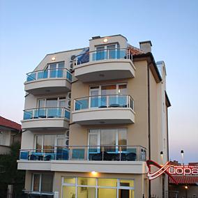 Къща за гости Хиора